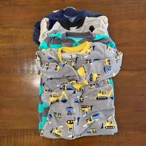 Boy's Carter's Fleece Pajamas (Lot of 4) - 5T